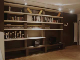 Appartamento su misura: Soggiorno in stile  di Alessandro Jurcovich Architetto