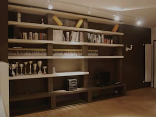 Ruang Keluarga oleh Alessandro Jurcovich Architetto, Eklektik