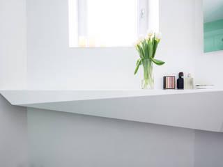 ICE BATH Modern Bathroom by Who Cares?! Design Modern
