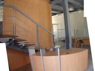 Oficinas Global Service C.A.: Oficinas y Tiendas de estilo  por Forma y Espacio Arquitectos Constructores CA