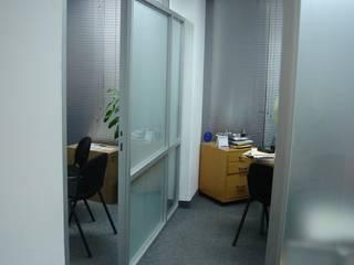 Soluciones Contables y Administrativas SAC / C.A.: Oficinas y Tiendas de estilo  por Forma y Espacio Arquitectos Constructores CA