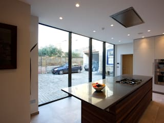 Grange House Modern windows & doors by IQ Glass UK Modern
