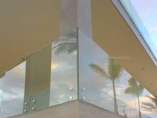 Casas modernas de Isabella Dalfovo Arquitetura , Interiores e Construção Moderno