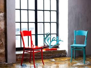 Коллекция антикварных стульев «Новое ретро» от New Retro