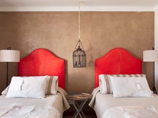 Dormitorios de estilo rústico de SA&V - SAARANHA&VASCONCELOS Rústico