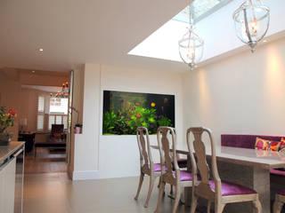 Villa Riviera 地中海デザインの ダイニング の Aquarium Architecture 地中海