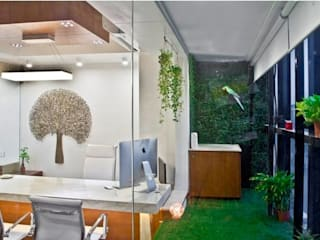 Ruang Studi/Kantor Modern Oleh PADARRPAN ARCHITECTS Modern