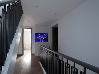 Toscana Residence Mediterranean style corridor, hallway and stairs by Aquarium Architecture Mediterranean