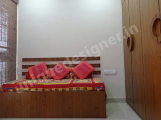 Moderne Schlafzimmer von UNIQUE DESIGNERS & ARCHITECTS Modern
