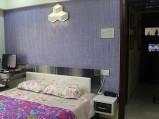 Mr.Pramod Chaudhary at Cosmos Horrizon:  Bedroom by UNIQUE DESIGNERS & ARCHITECTS