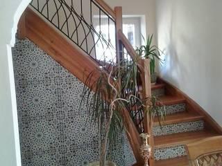 Kolory Maroka Gang, hal & trappenhuisTrappen Keramiek Bont