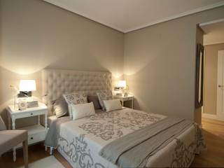 Proyecto de interiorismo y decoracion para vivienda en Bilbao: Dormitorios de estilo  de Sube Susaeta Interiorismo
