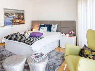 O quarto da Madalena Quartos modernos por Cássia Lignéa Moderno
