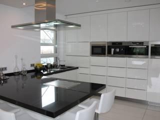 Modern kitchen by Horst Fetting Individueller Innenausbau Modern
