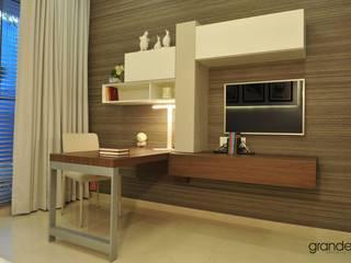 Shahajanand Arista Modern media room by ARK Reza Kabul Architects Pvt. Ltd. Modern