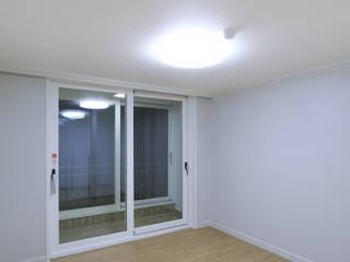 부천 중동 은하마을 48평형 아파트 모던스타일 침실 by 금화 인테리어 모던