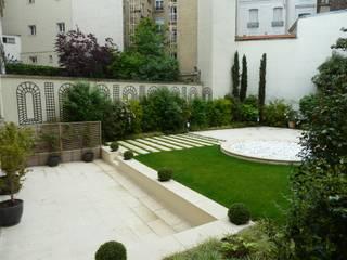 Scènes d'extérieur Classic style garden