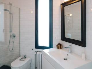 Baños de estilo  por ImagenSubliminal