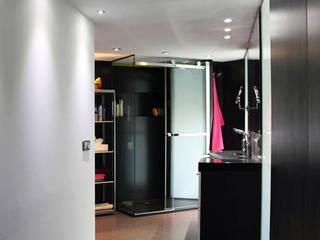 Loft Cronos: Baños de estilo  de LC arquitectura