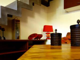 VILLETTA: Sala da pranzo in stile in stile Eclettico di Aalpe Architetti