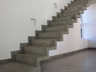 Pasillos, vestíbulos y escaleras de estilo moderno de Aurea Arquitectura y Amoblamientos Moderno