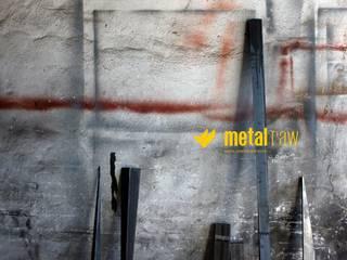 MetalRAW:  de estilo  de metalRAW