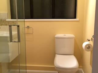 Creating an assisted living bathroom Moderne badkamers van Chameleon Designs Interiors Modern
