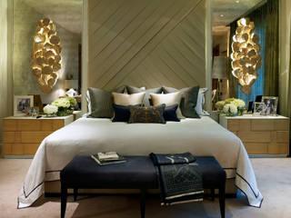 Bedroom LINLEY London Camera da letto eclettica