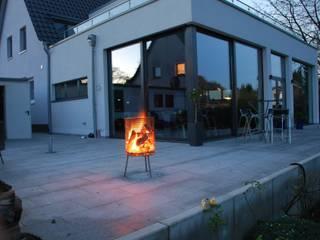 Giardino in stile  di Feuer und Stahl