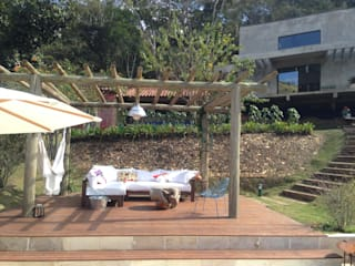 Modern balcony, veranda & terrace by Carlos Salles Arquitetura e Interiores Modern