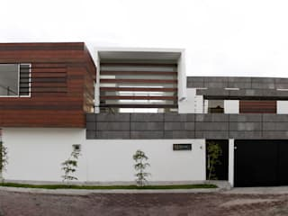 Houses by Arquimia Arquitectos