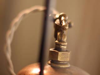 Lámpara Cobre:  de estilo industrial de Tocat pel Vent, Industrial