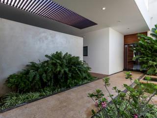 Casa O44: Casas de estilo  por P11 ARQUITECTOS