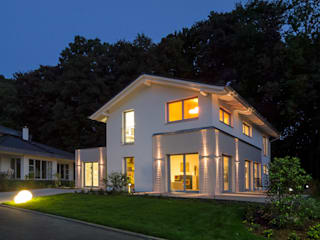 Musterhaus Bad Vilbel Modern home by Licht-Design Skapetze GmbH & Co. KG Modern