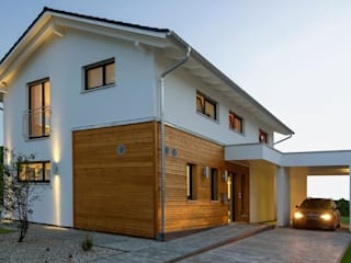 Musterhaus Mannheim 159: moderne Häuser von Licht-Design Skapetze GmbH & Co. KG