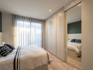 Modern Bedroom by Standal Modern