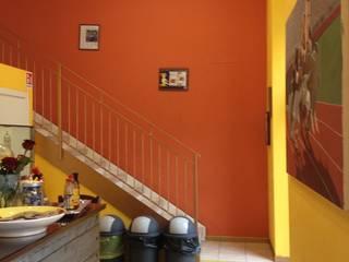 Corey's Soul Chicken Negozi & Locali commerciali in stile eclettico di Archidromo - Circuito di Architettura - Eclettico