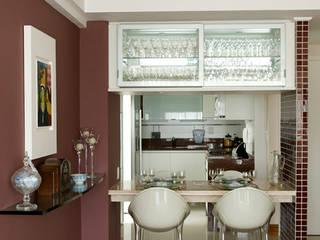 Cocinas de estilo moderno de Carlos Salles Arquitetura e Interiores Moderno