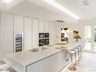 Bulthaup kitchen Cocinas de estilo clásico de Martin Gardner Photography Clásico