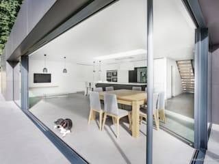 Richmond House Cucina moderna di Martin Gardner Photography Moderno