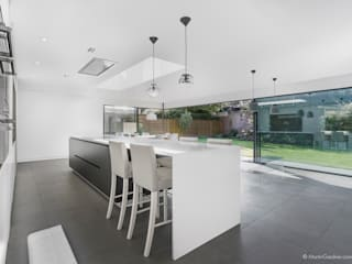 Richmond House 모던스타일 주방 by Martin Gardner Photography 모던