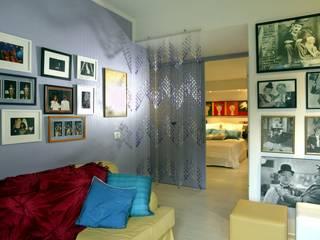 Oficinas de estilo moderno de Carlos Salles Arquitetura e Interiores Moderno