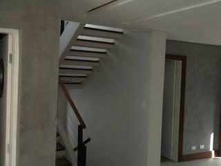 DO 3D PARA O REAL - CONTEMPORÂNEO: Salas de estar  por Design4Up