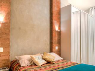 Miguel Arraes Arquitetura Eclectic style bedroom