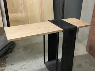 table Ancre:  de style  par Thomas Dumoulin