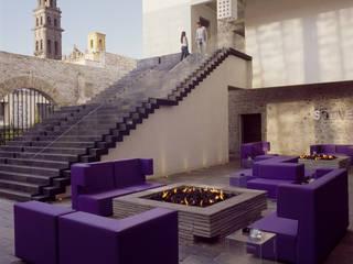 Varandas, marquises e terraços modernos por Serrano Monjaraz Arquitectos Moderno