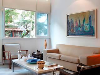 Wohnzimmer von Carlos Salles Arquitetura e Interiores, Ausgefallen