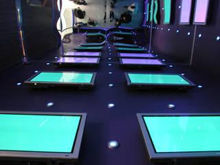 Centro de Tecnologías Telmex:  de estilo  por Serrano Monjaraz Arquitectos