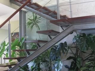 Modern Garden by SOLE ATELIER, LDA Modern