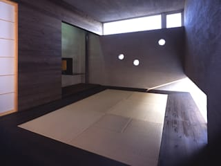 I-HOUSE モダンデザインの 多目的室 の 株式会社長野聖二建築設計處 モダン